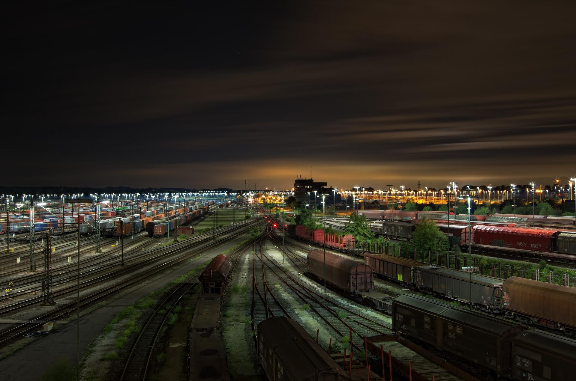 Основные преимущества грузоперевозок по железной дороге